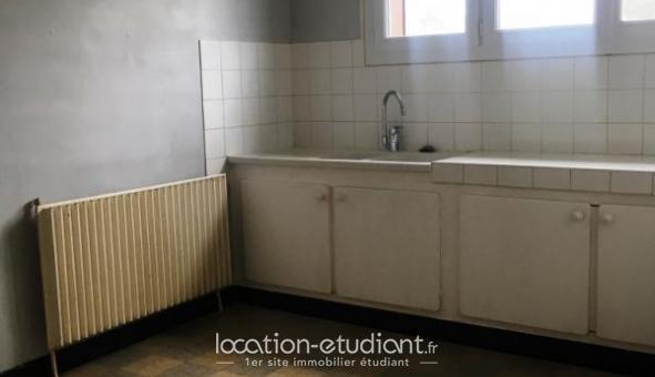 Logement étudiant Location T4 Vide Cercy la Tour (58340)